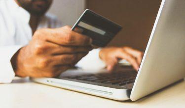 クレジットカードの裏面にサイン・署名しないリスクと書き方のルール
