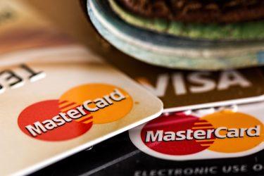 銀行系クレジットカードランキング|特徴とポイント、メリットを解説